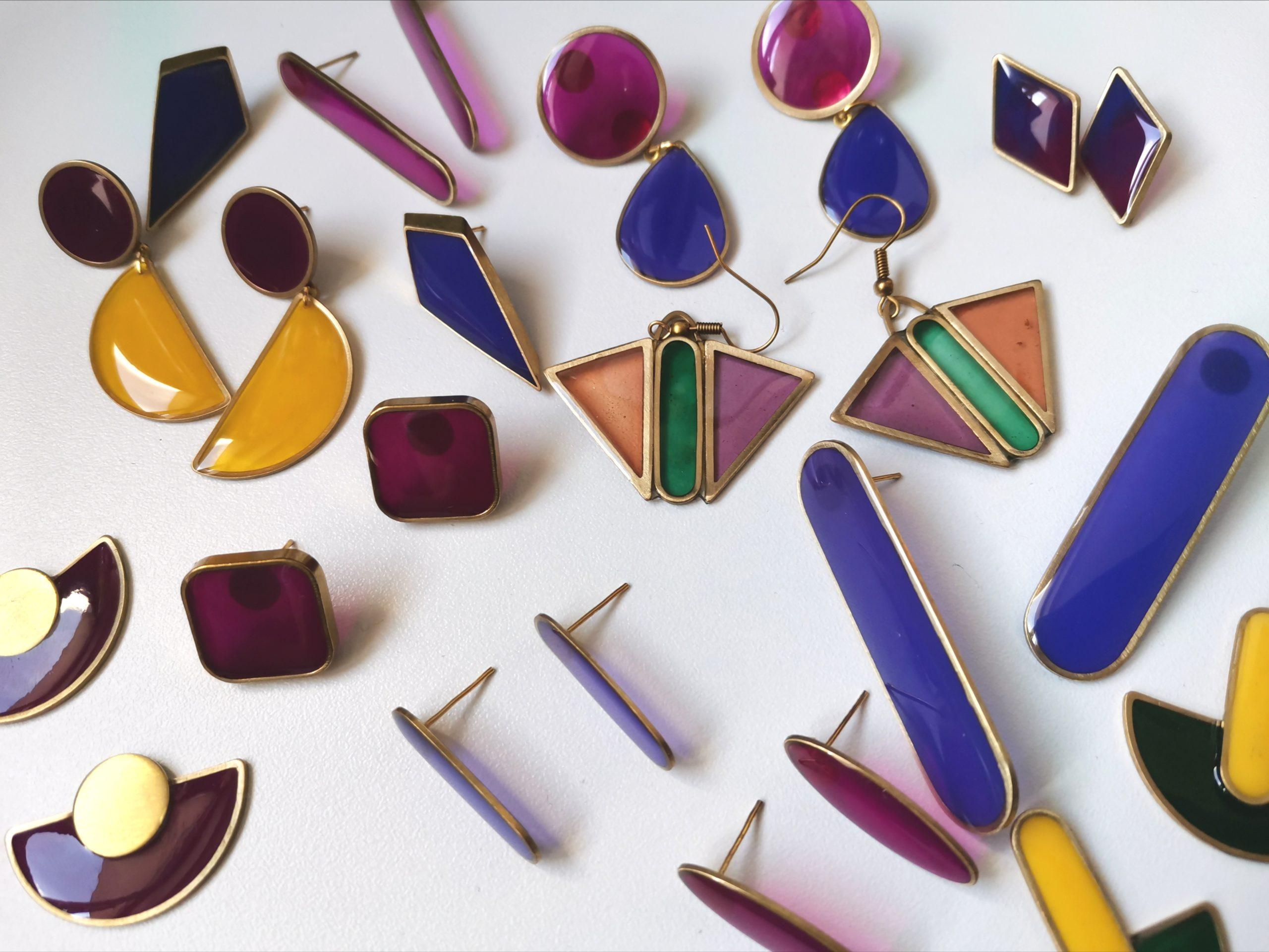 """Calendrier du confinement : """"Atelier des Perruches"""", pour des bijoux aux couleurs pop"""
