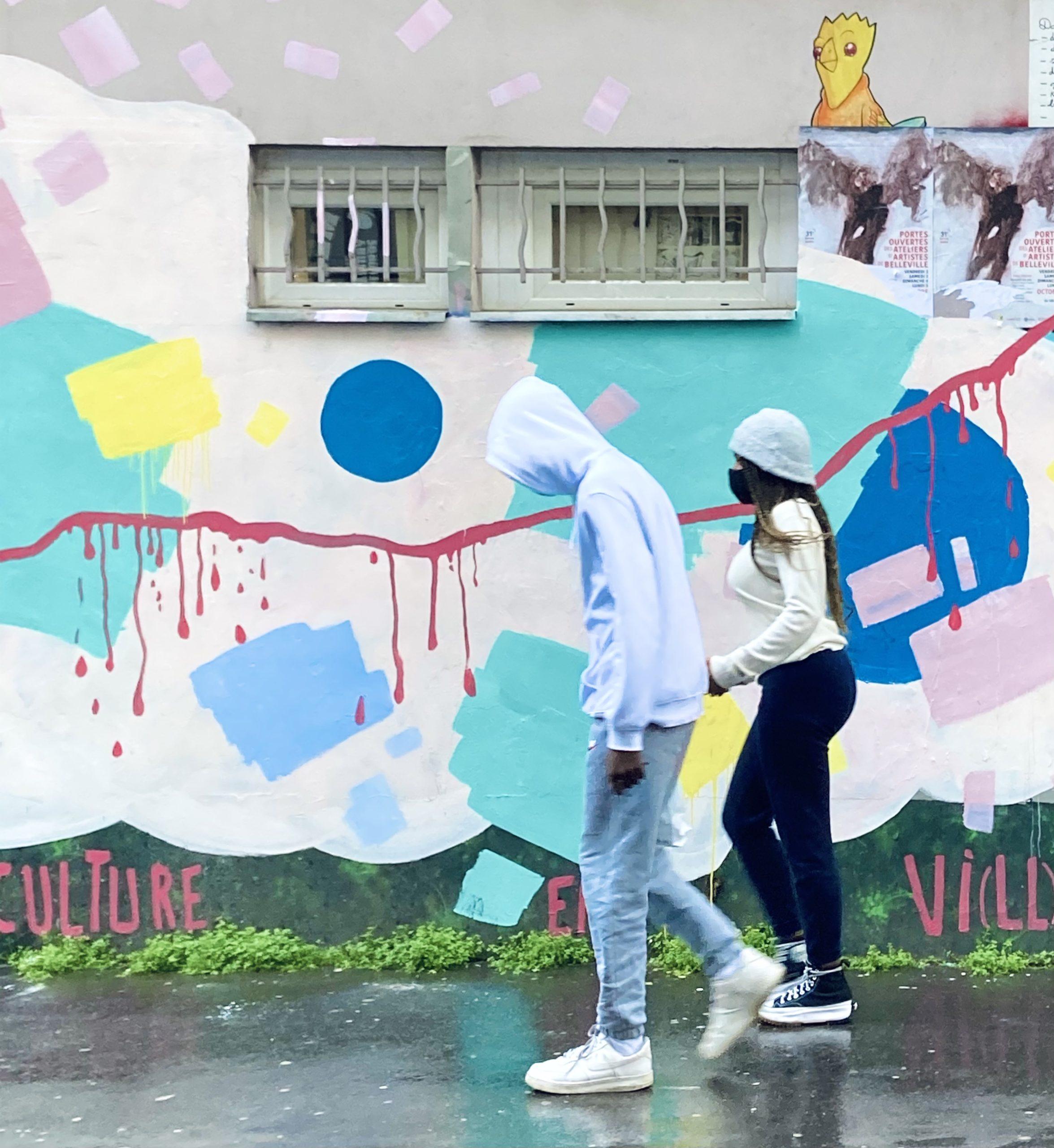 Mur anti-grisaille : l'univers acidulé de Jeanne Varaldi, à voir à Belleville
