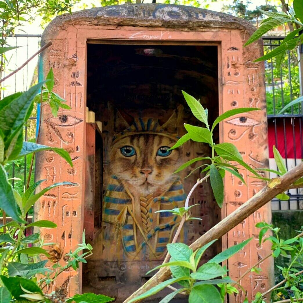 Street art : ne manquez pas le tombeau égyptien de Nounoukhamon
