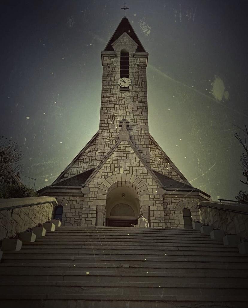 """Cœur Eucharistique de Jésus : une """"église de village"""" en plein Paris"""
