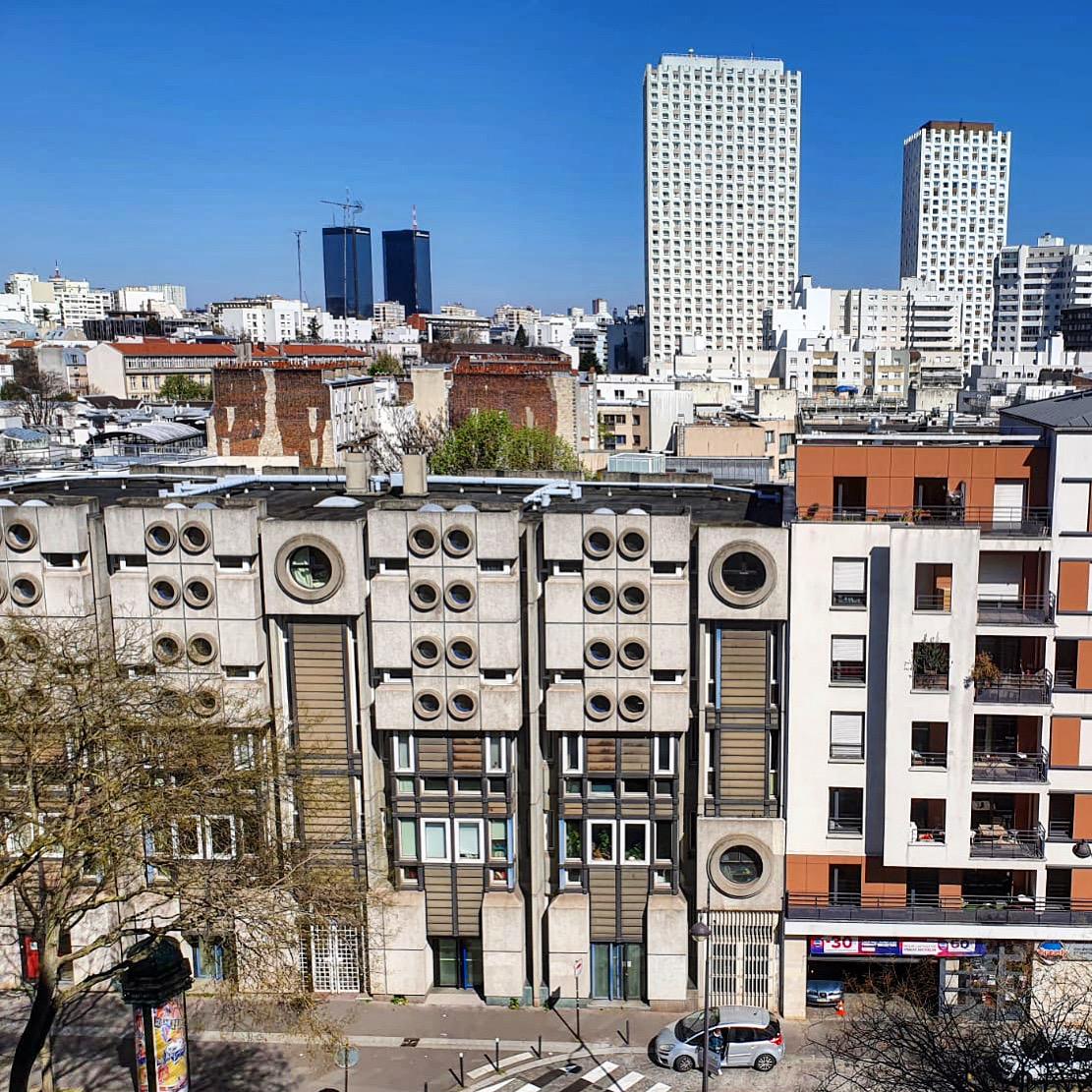 """La petite histoire de """"l'immeuble aux hublots"""", rue des Pyrénées"""