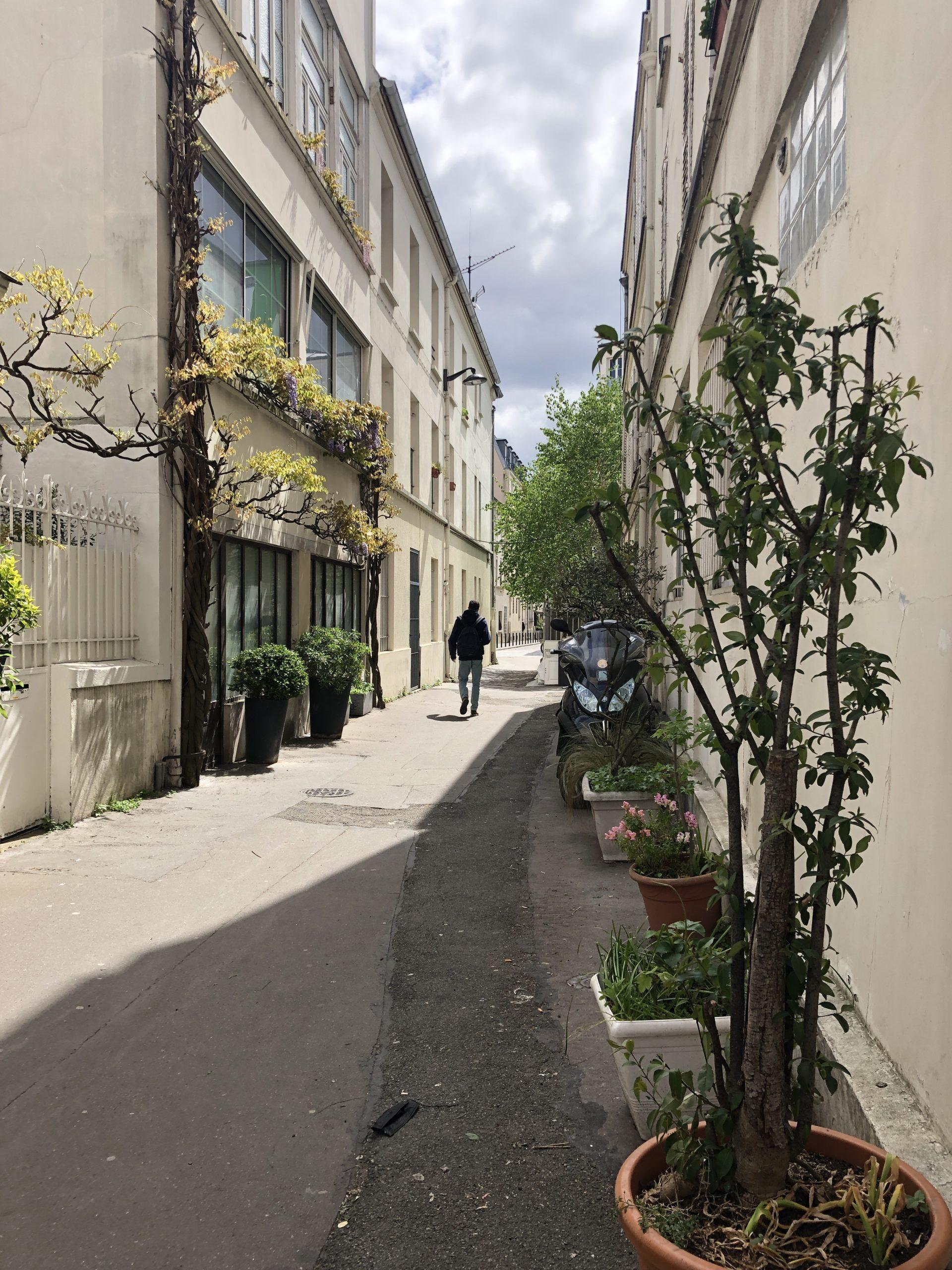 """""""Passage Dieu"""" et """"Impasse Satan"""" : deux rues insolites du 20e arrondissement"""